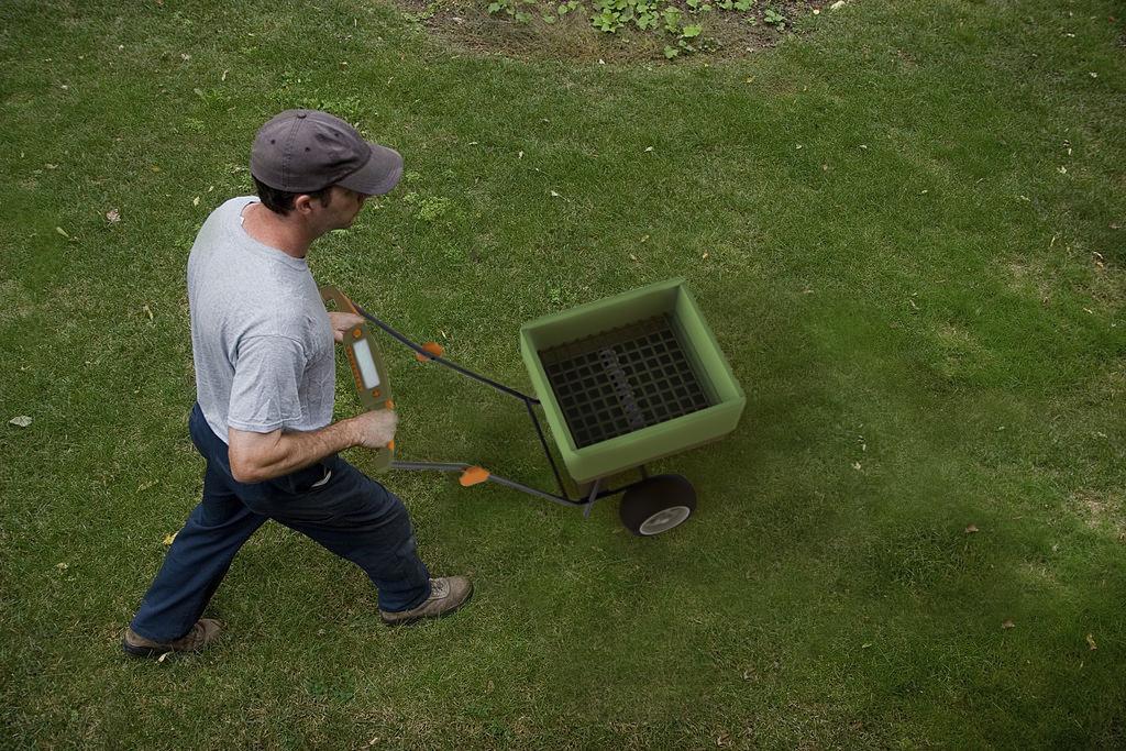 Neuton: Fertilizer Spreader